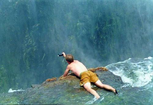 استخر شنای شیطان آبشار ویکتوریا در آفریقا