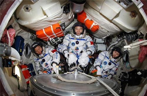 روایت فضانوردان چینی از شنیدن صداهای عجیب در فضا