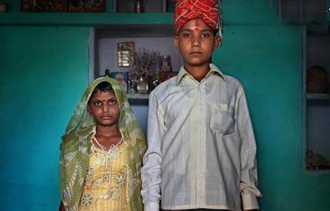 (تصاویر) «کوچولوترین» پدر و مادرهای دنیا