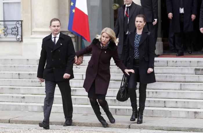 (تصاویر) خانم نخستوزیر دوباره سوژه شد