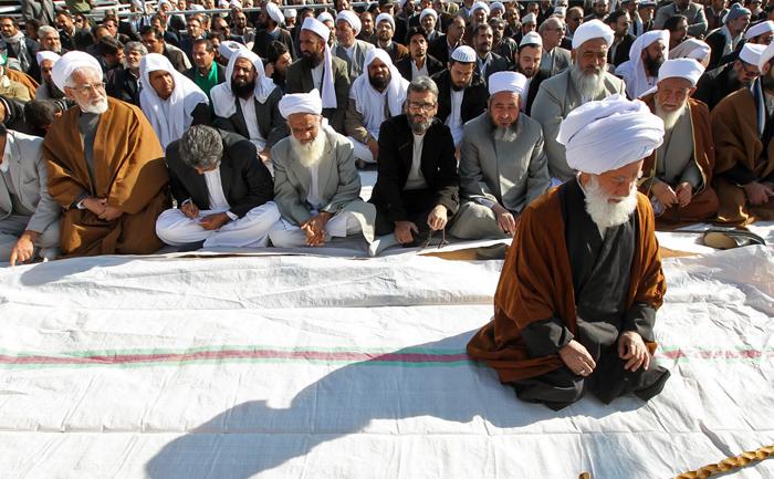 (تصاویر) استقبال از روحانی در بیرجند