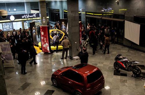 (تصاویر) رونمایی از خودروی برقی در قزوین