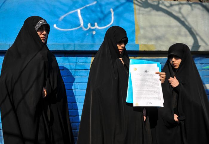 (تصاویر) نامه خواهران بسیجی به