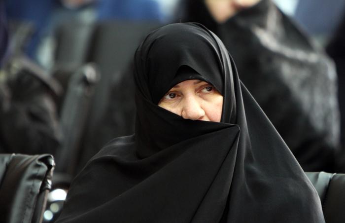 (تصاویر) همسر روحانی در سالگرد ورود امام(ره)