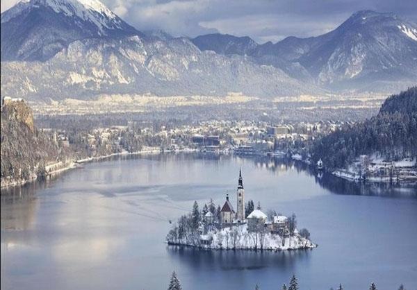(تصاویر) زیباترین شهرهای برفی جهان