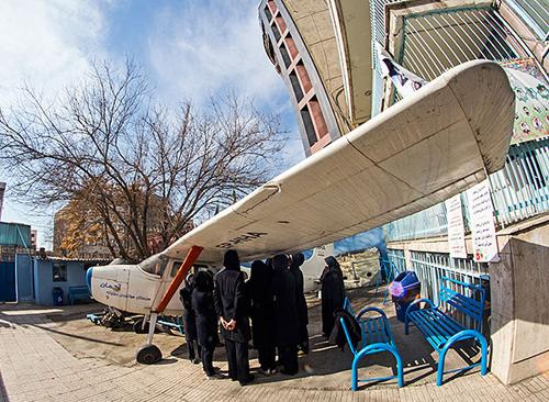 (تصاویر) اولین مدرسه هوانوردی دختران