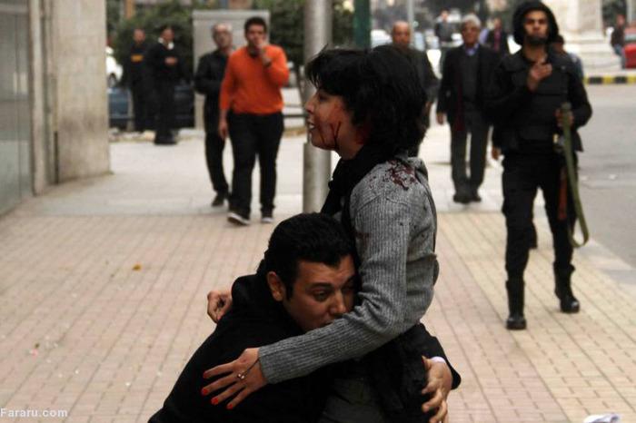 (تصاویر) تیرخوردن دختر جوان در قاهره