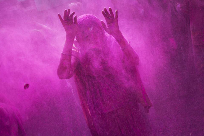 (تصاویر) جشن رنگها؛ استقبال هندیها از بهار