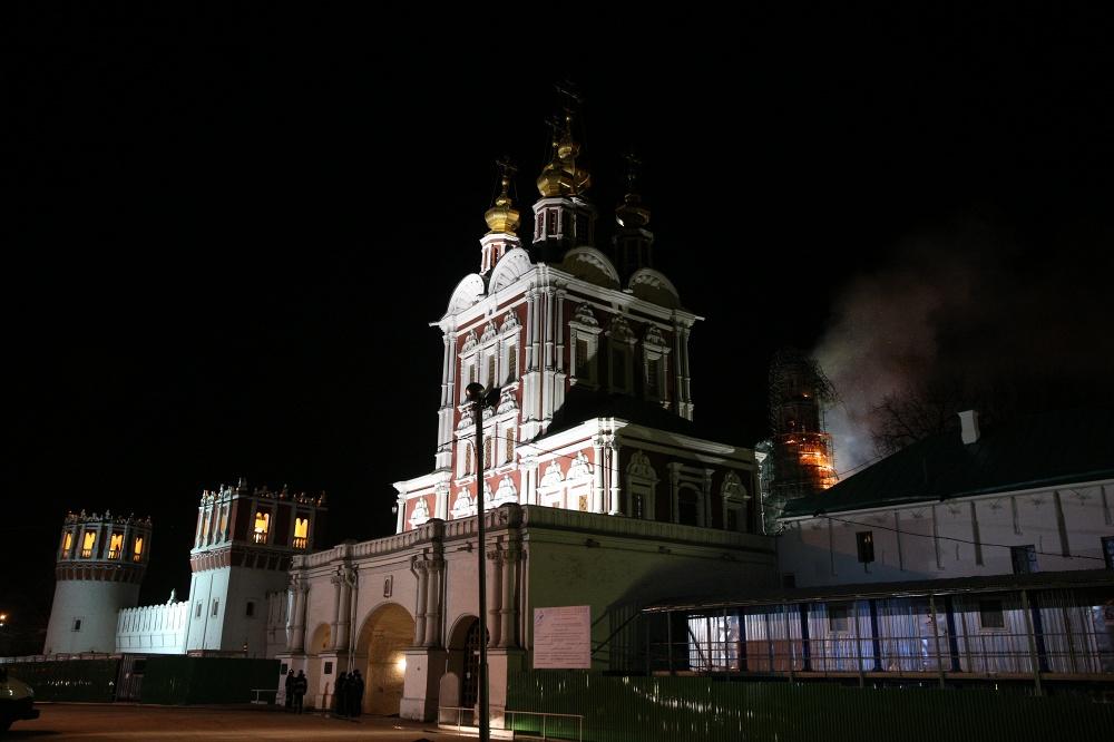 (تصاویر) آتشسوزی مهیب در قلب مسکو