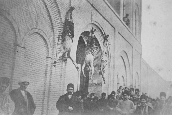 چوب و فلک (تصاویر) روایت آنتوانخان از ایران قاجار؛ مجازات