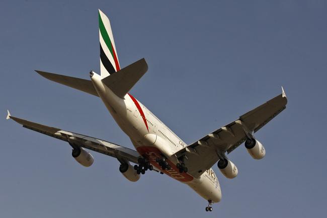 نمونه گزارش بازدید (تصاویر) هواپیمای غولپیکر در تهران