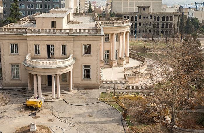 (تصاویر) کاخسفید تهران در آستانه تخریب