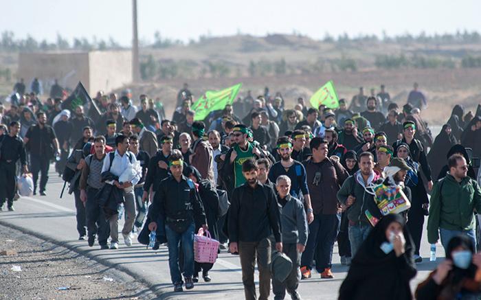 (تصاویر) ازدحام زائران کربلا در مرز مهران