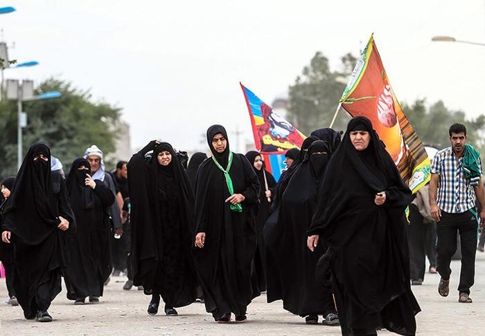 (تصاویر) پیاده روی بزرگ زائران از نجف به کربلا
