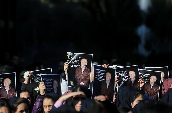 (تصاویر) مراسم تشییع علیرضاخورشیدفر