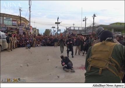 (تصاویر) سنگسار شهروند عراقی توسط داعش