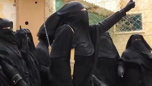 (تصاویر) گروهان زنان داعشی