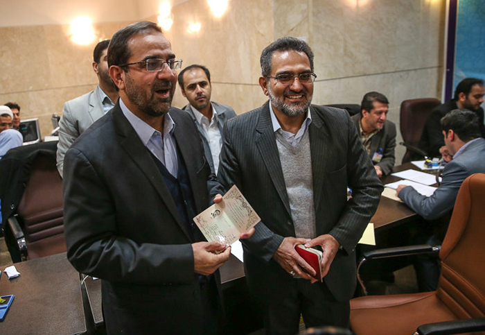 (تصاویر) ثبتنام دو وزیر دولت احمدینژاد