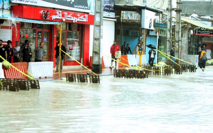 (تصاویر) باران موسمی پس از 10 سال در قشم 