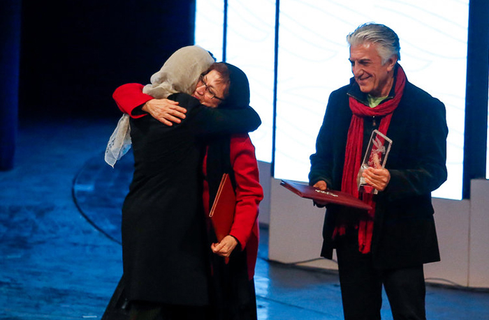 (تصاویر) افتتاحیه جشنواره فجر با حضور ستارگان