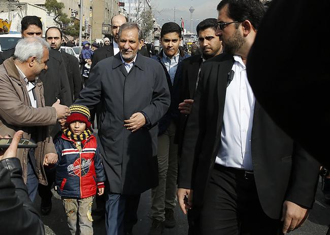 (تصاویر) شخصیتها و مقامات در راهپیمایی