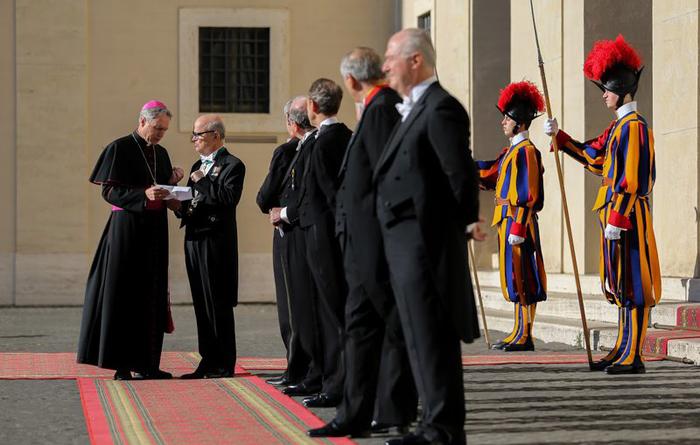 (تصاویر) دیدار روحانی با پاپ