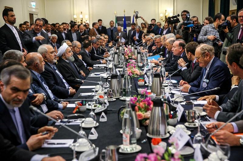 (تصاویر)  دیدار فعالان اقتصادی و تجار فرانسه با روحانی