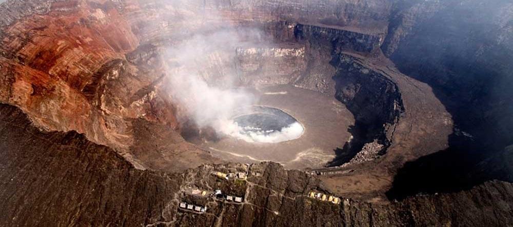 (تصاویر) دریاچه ای از آتش در کنگو