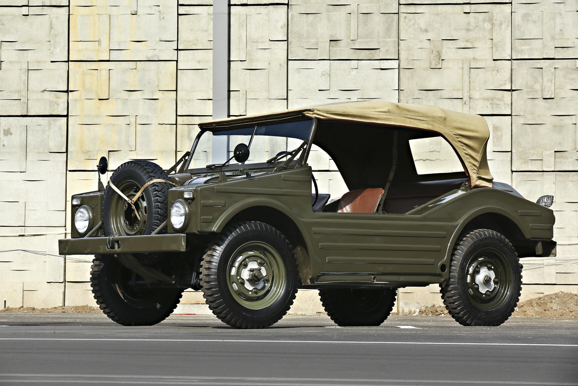 (تصاویر) خودروهای عجیب در جزیره ای از آمریکا