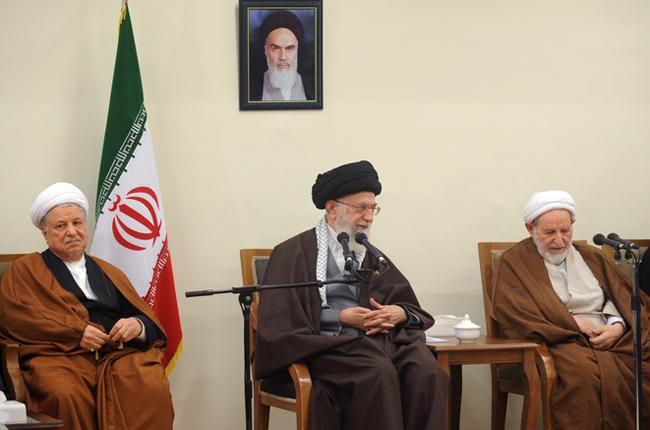 (تصاویر) دیدار اعضای مجلس خبرگان با رهبر انقلاب