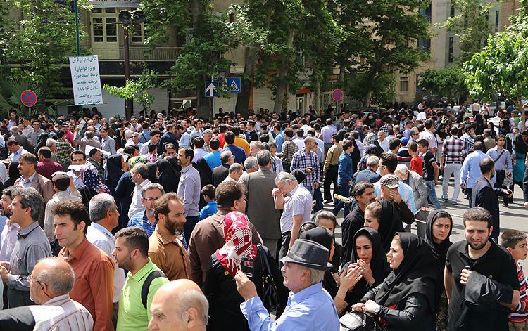 (تصاویر) راهپیمایی روز کارگر در تهران پس از 8 سال
