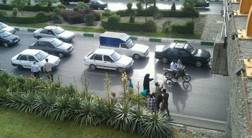 (تصاویر) خودکشی زن جوان از بالای پل در مشهد