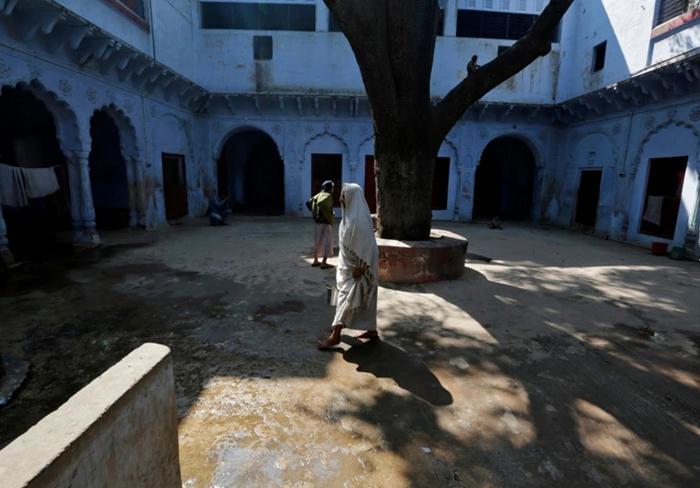 (تصاویر) شهر زنان فراموششده در هند