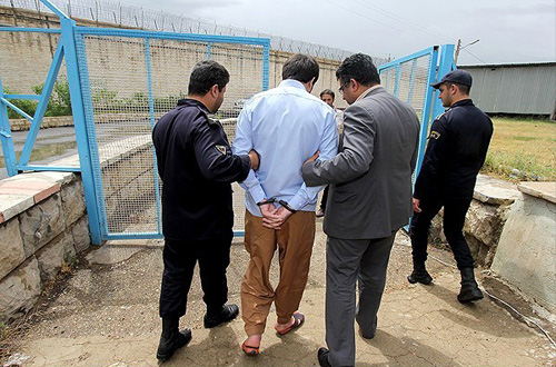 (تصاویر) بخشش اعدامی پای چوبه دار