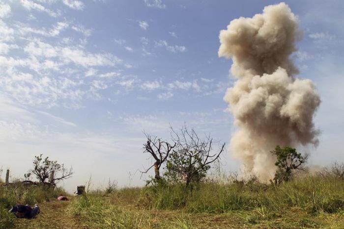 (تصاویر) سقوط پادگان استراتژیک ارتش سوریه