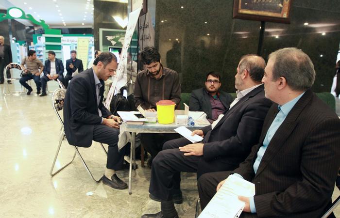(تصاویر) اهدای خون نمایندگان برای یمن