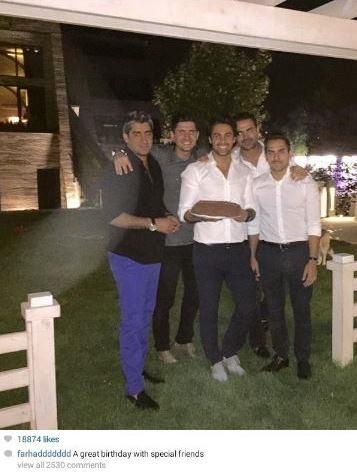 تصویری از جشن تولد فرهاد مجیدی با دوستانش
