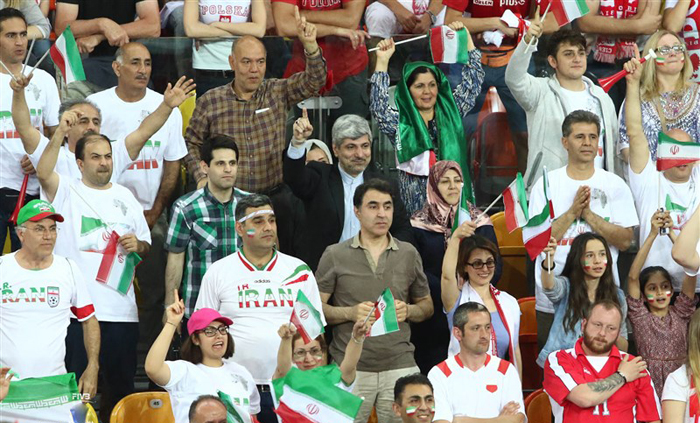 (تصاویر) حواشی دومین دیدار ایران و لهستان