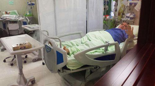 (تصویر) کری خوانی فتحاللهزاده روی تخت بیمارستان