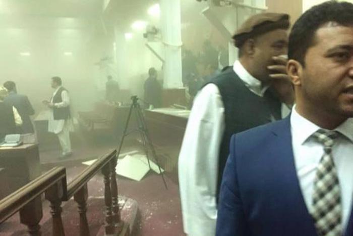 (تصاویر) حمله تروریستی به پارلمان افغانستان