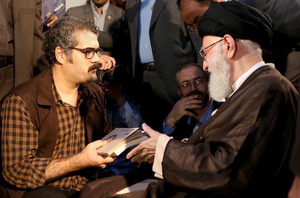(تصاویر) محفل شعر خوانی در حضور رهبر انقلاب