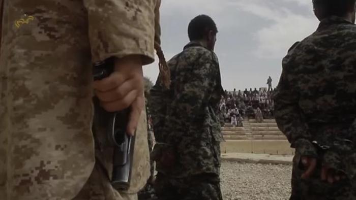 (تصاویر) اعدام جمعی در آمفیتئاتر پالمیرا