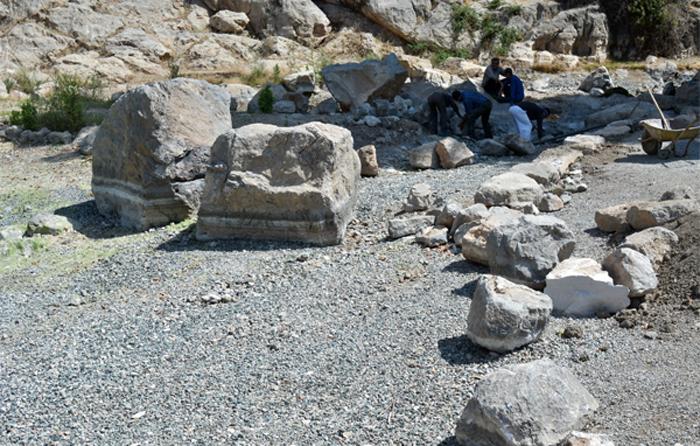 (تصاویر) دریاچه طاقبستان ناپدید شد