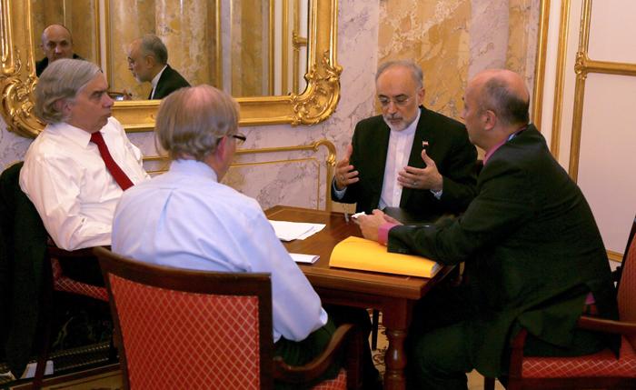(تصاویر) مذاکرات در «لحظات نفسگیر آخر»