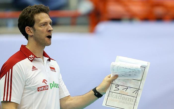 (تصاویر) حواشی شکست برابر لهستان