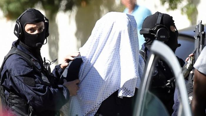 (تصاویر) دستگیری مضنون اصلی حملات فرانسه