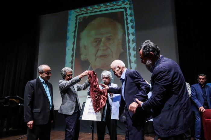 (تصاویر) مراسم تجلیل از پرویز بهرام