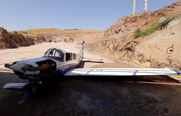 سقوط هواپیمای آموزشی در قزوین