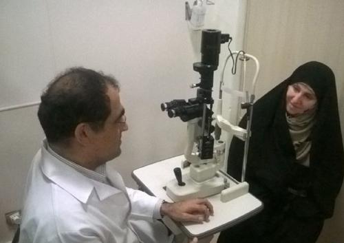 (تصاویر) معاینه افخم توسط وزیر بهداشت