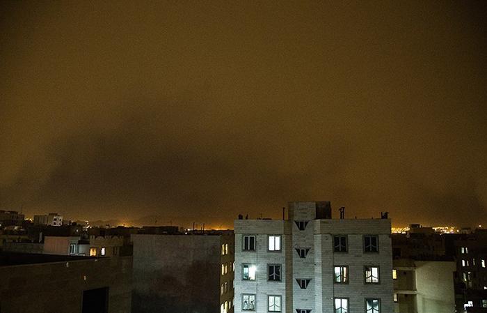 (تصاویر) لحظه ورود موج گرد و غبار به تهران